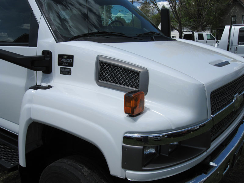 Sell Used 2005 Chevy Kodiak C4500 4x4 Crew Cab Flatbed 4wd