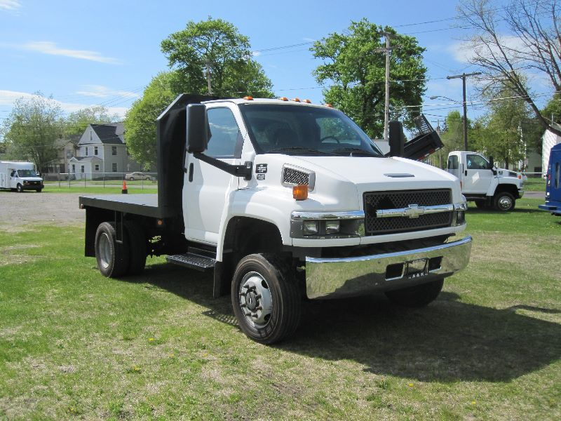 Sell used 2007 CHEVY KODIAK 4X4 C5500 4WD REG CAB W/ 10 FT ...