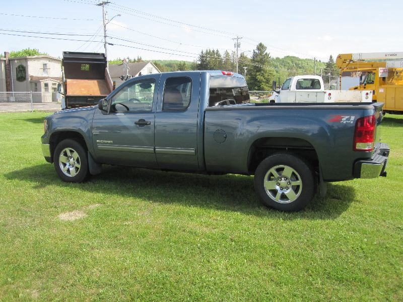 2011 GMC SIERRA 1500 SLE EXTENDED CAB 4X4 SHORT BOX Z71 OFF ROAD