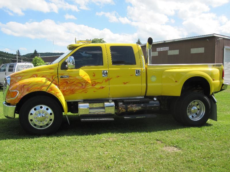 2006 Ford F 650 Xlt Custom Crew Cab W Factory Pickup Bed