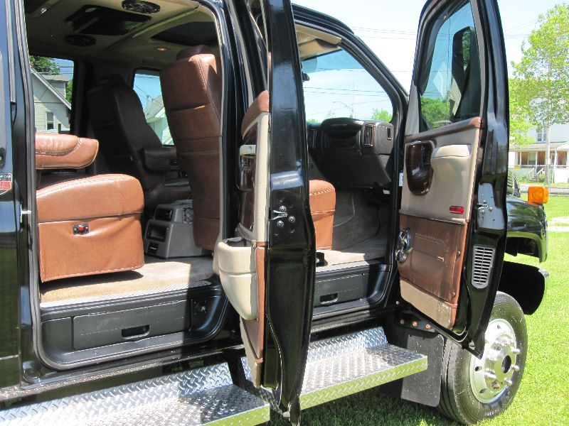 2007 CHEVROLET  KODIAK C4500  4X4 CREW CAB W/MONROE CINCH CONVERSION