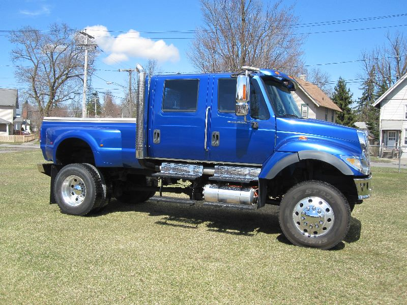 2005 INTERNATIONAL 7300 4WD CXT 4X4 CREW CAB W/ PICKUP DUMP BED