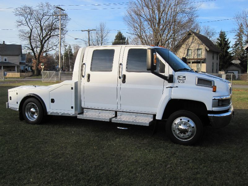 2004 Chevy Kodiak C4500 Crew Cab Chariot Conversion